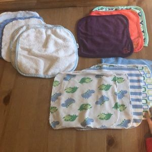 Other - 🏷5/$20🏷 Assorted baby wash cloths (14)